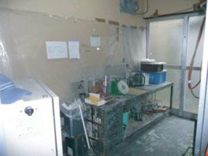 塗料調合室